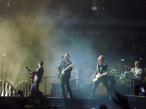 We 4 at U2