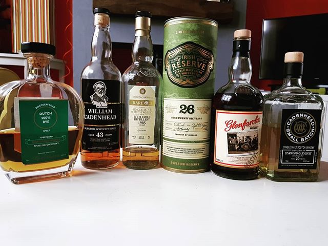 A few hits from the back catalogue last night to celebrate #internationalwhiskyday – and the best way to enjoy #whisky is with mates. #lovescotch