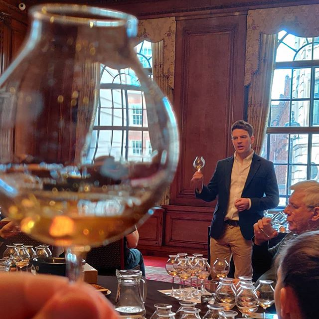Without wanting to be too much of a berk about it, this is me having the (Old and) Rare privilege of tasting a Talisker distilled around 1895.